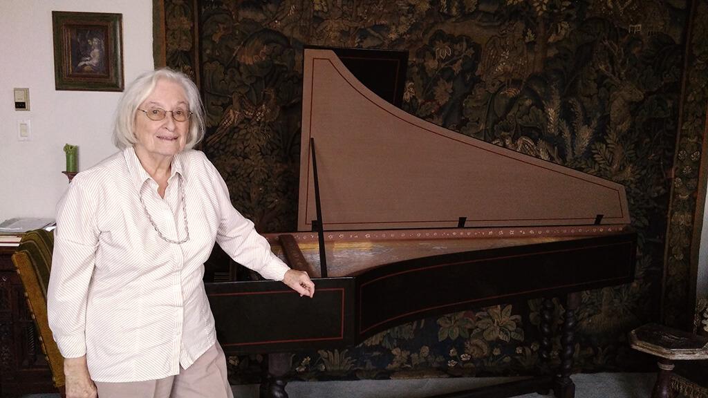 Élisabeth Gallat-Morin, musicologue qui a découvert Le livre d'orgue de Montréal, participera à trois concerts des Moments Musicaux à titre de conférencière. (Crédit photo: Caroline Rodgers)