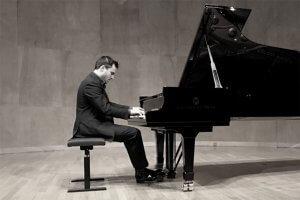 Jean-Philippe Sylvestre, piano