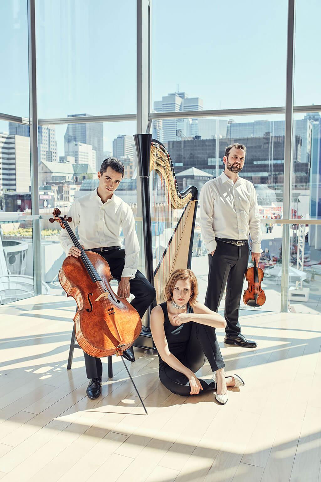 Stéphane Tétreault, Valérie Milot et Antoine Bareil en trio pour premier album sous étiquette Analekta lancé à l'automne 2017. (Crédit: Frédérik Robitaille)