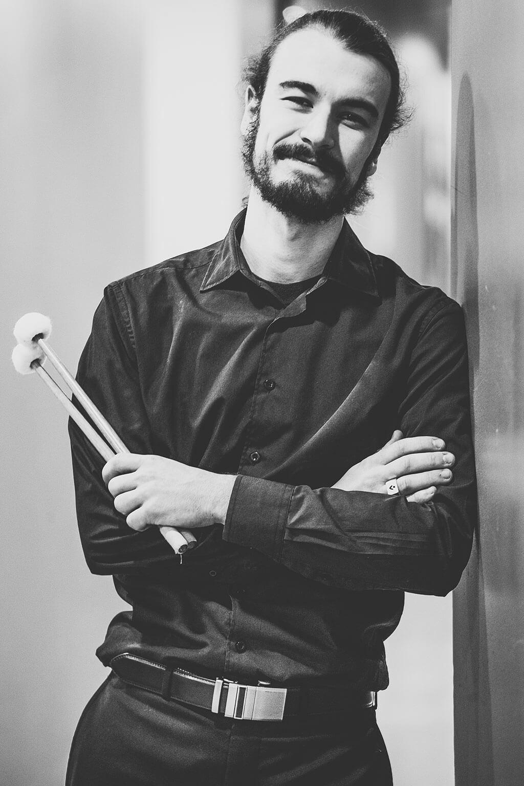 Julien Bélanger réalisera la création d'un Concerto pour marimba de José Evangelista avec l'Orchestre Métropolitain, cette semaine. (Crédit: Annie Éthier)