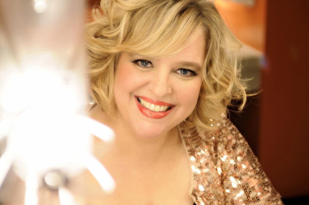 La soprano Karina Gauvin fera partie du concert soulignant le 75e anniversaire du Conservatoire de musique et d'art dramatique du Québec. (Crédit: Michael Curleigh)