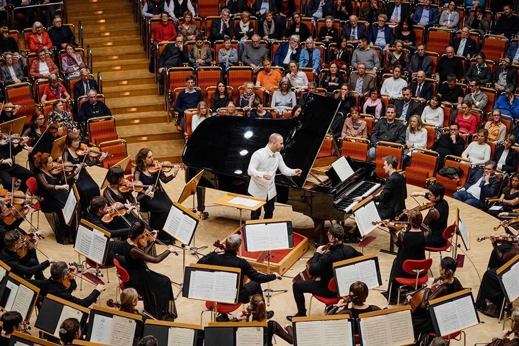 Alexandre Tharaud a interprété le Concerto pour la main gauche, de Maurice Ravel, à Cologne, avec l'Orchestre Métropolitain. (Crédit: François Goupil)