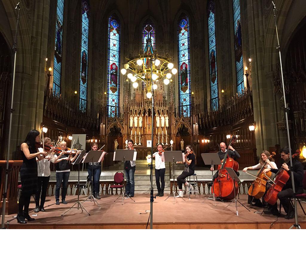 Pour cette nouvelle saison, les Petits Violons pourront bénéficier de la présence à leurs côtés d'une accordéoniste, d'un tromboniste, de comédiens et d'un chef d'orchestre invité.
