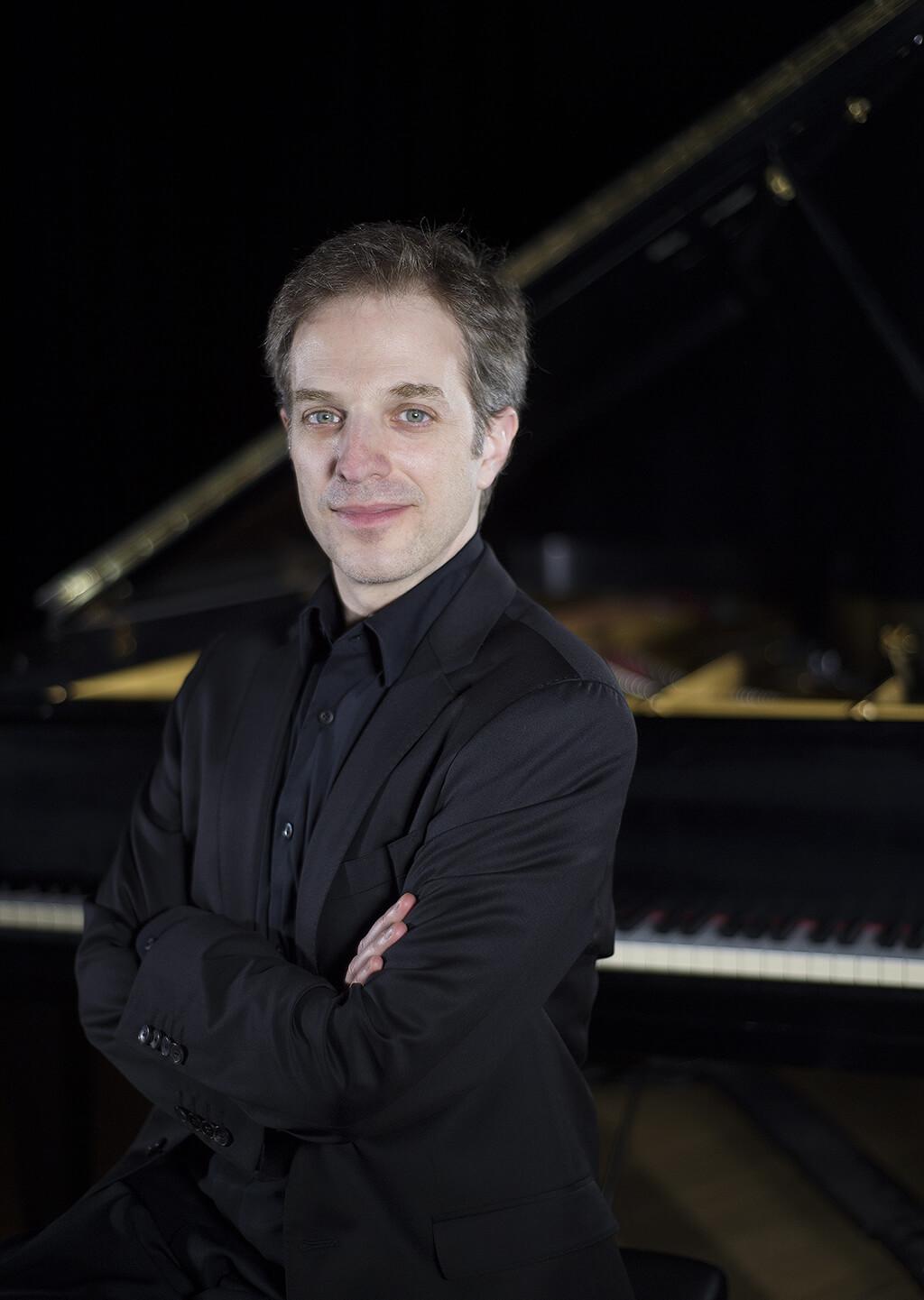 Stéphane Aubin, directeur musical du spectacle Les Quatre Saisons d'André Gagnon. (Crédit: Pascal Milette)