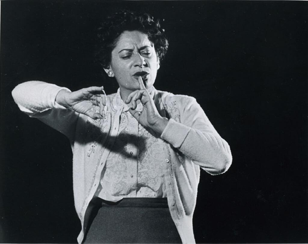 Ethel Stark, fondatrice de la Symphonie féminine de Montréal, en 1940. (Photo: Jewish Public Library Archives)