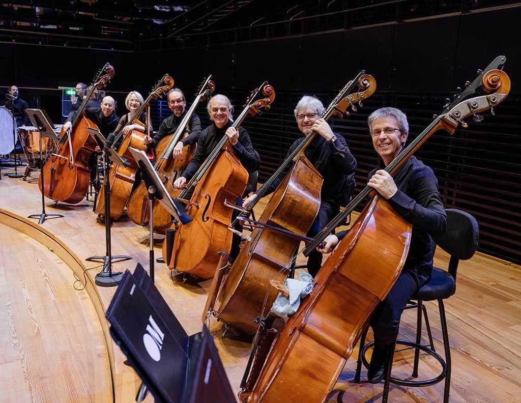 Les contrebassistes de l'Orchestre Métropolitain. (Crédit: François Goupil)