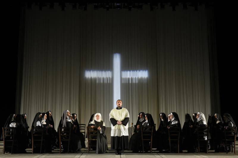 Dialogues des Carmélites à l'Opéra de Montréal (Crédit: Yves Renaud)