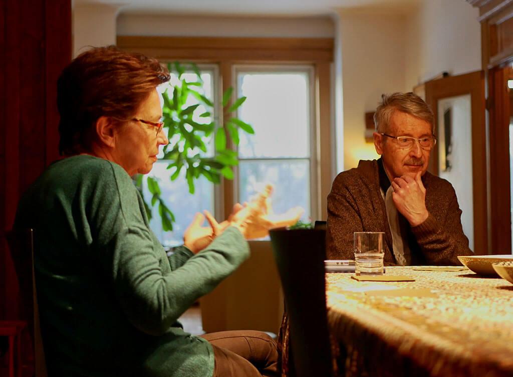 Lorraine Vaillancourt et José Evangelista évoquent leurs souvenirs. (Crédit: Alain Beauchesne)