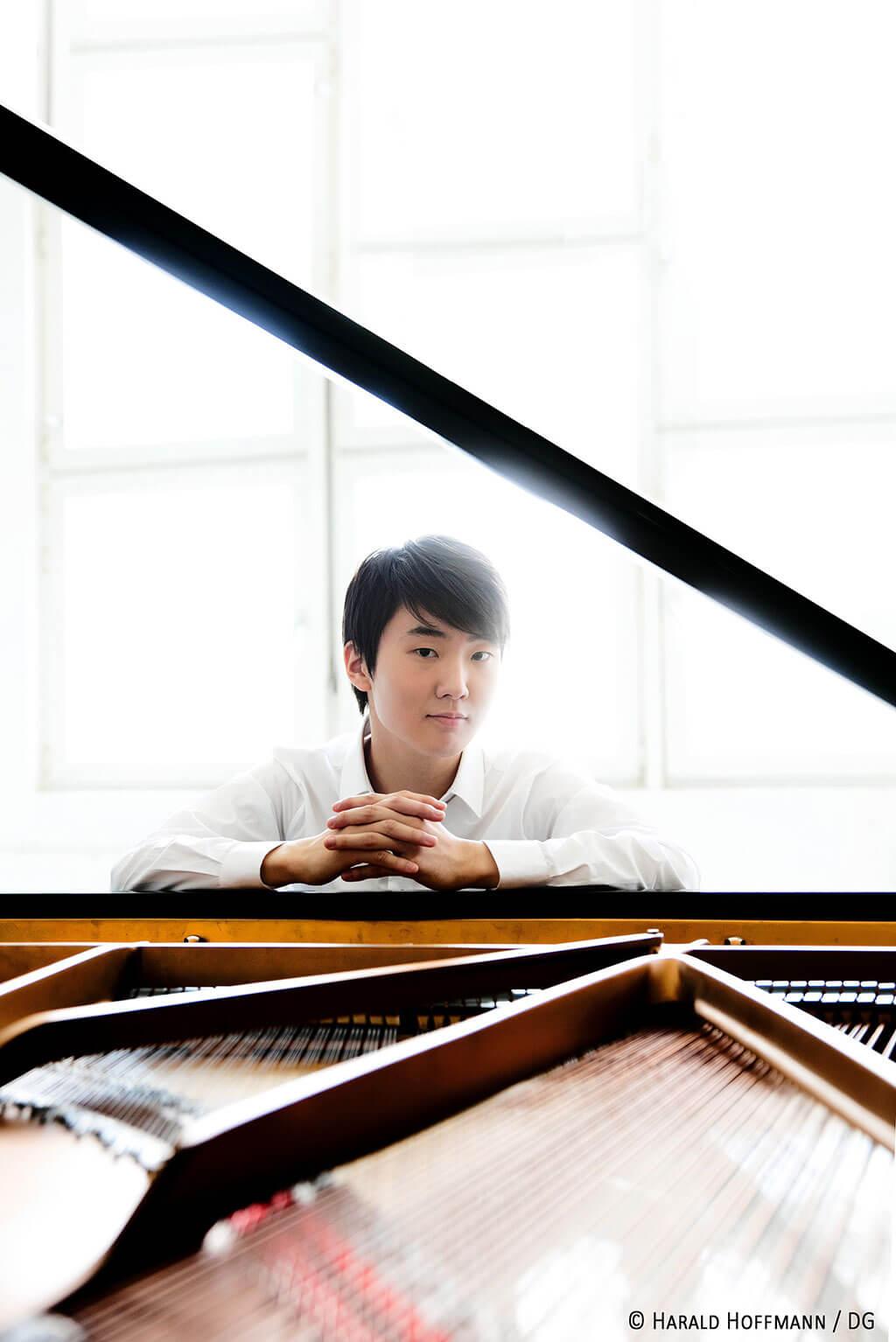 Seong-Jin Cho. (Crédit: Harald Hoffmann).