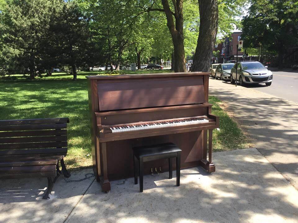 Le piano avait déjà été remis sur pied en fin d'avant-midi, le jour même. (Crédit: François Zeitouni).