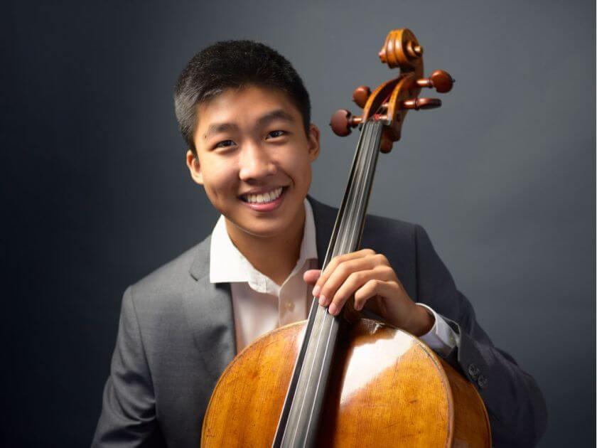 Bryan Cheng, violoncelliste. (Photo : courtoisie de l'Agence Station Bleue)