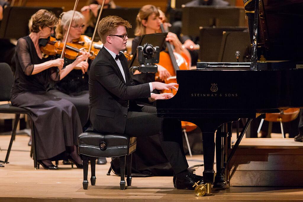 Carter Johnson au Concert gala du Concours de musique du Canada (Crédit : Antoine Saito)