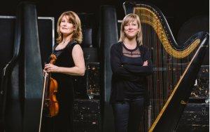 Isabelle Fortier à la harpe et Julie Tanguay au violon