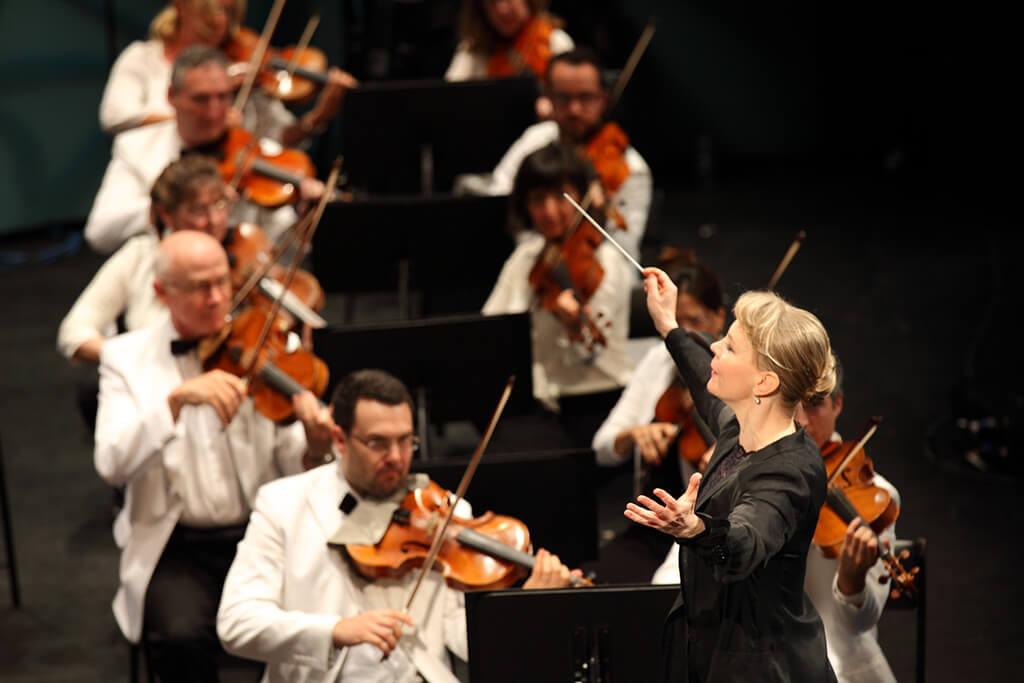 Susanna Mälkki a dirigé l'OSM au Festival de Lanaudière, le 7 juillet 2018. (Crédit: Pure perception)