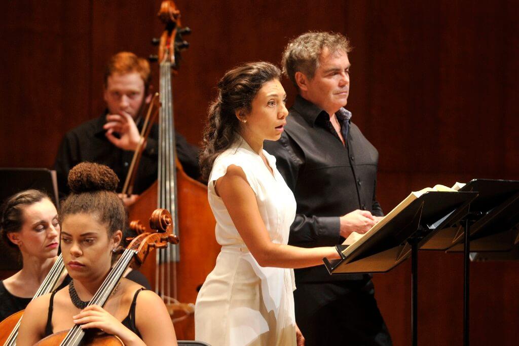 Samantha Louis-Jean et Marc Boucher dans Pelléas et Mélisande avec l'Orchestre de la Francophonie au Palais Montcalm. (Crédit: Louise Leblanc)