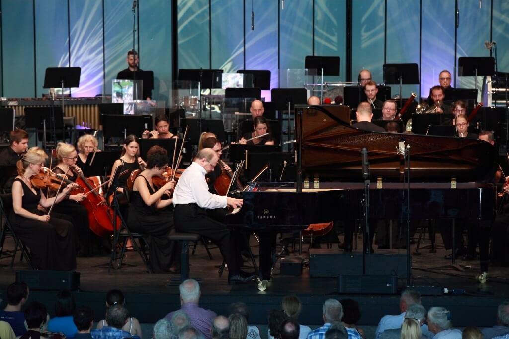 Marc-André Hamelin & Orchestre Métropolitain, Festival de Lanaudière. (Crédit: Pure Perception)Marc-André Hamelin & Orchestre Métropolitain, Festival de Lanaudière. (Crédit: Pure Perception)