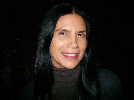 Barbara Croall, compositrice odawa et auteur de la pièce de théâtre orchestrale multimédia Saia'tatokénhti: Honorant Sainte Kateri. (Photo: courtoisie du MCO)