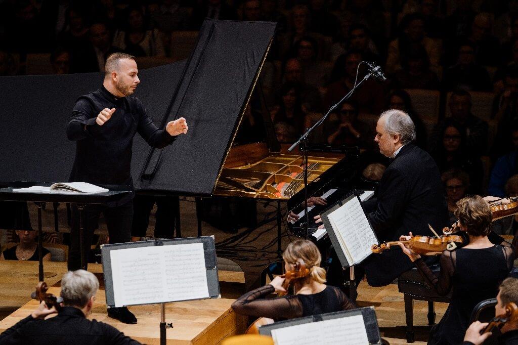 Nicholas Angelich avec l'Orchestre Métropolitain sous la direction de Yannick Nézet-Séguin, 5 octobre 2018. (Crédit: François Goupil)