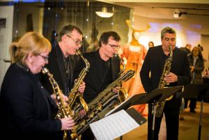Quasar, quatuor de saxophones, musique électro