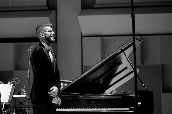 Timothy Ledger, Gagnant du Concours de concerto McGill 2017-2018