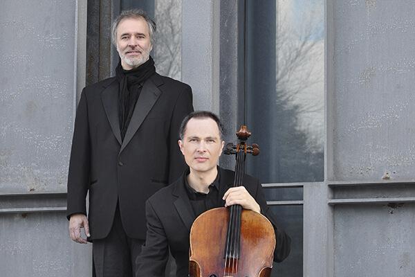 Duo Dyachkov-Saulnier