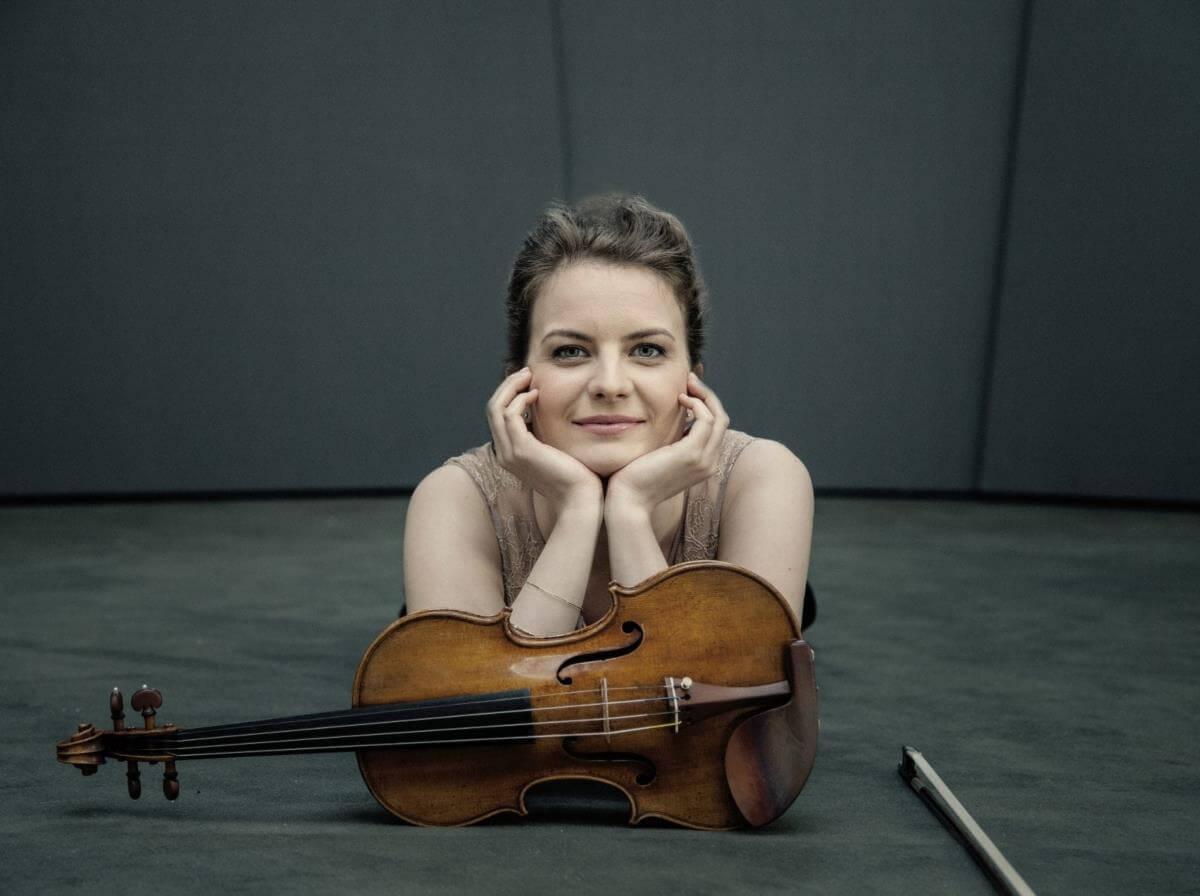 Veronika Eberle. (Photo, Felix Broede)