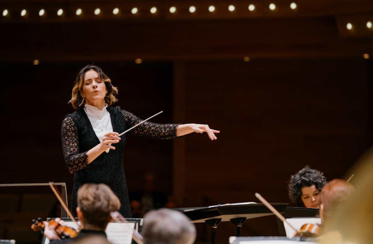 La chef d'orchestre mexicaine Alondra de la Parra dirigeait l'Orchestre Métropolitain, 10 septembre 2019, Maison symphonique. (Photo: courtoisie)