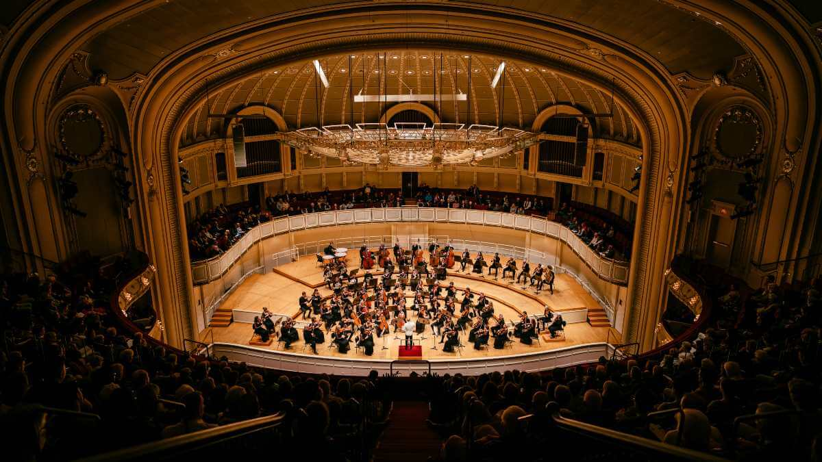 L'Orchestre Métropolitain au Chicago Symphony Hall. (Photo: François Goupil)