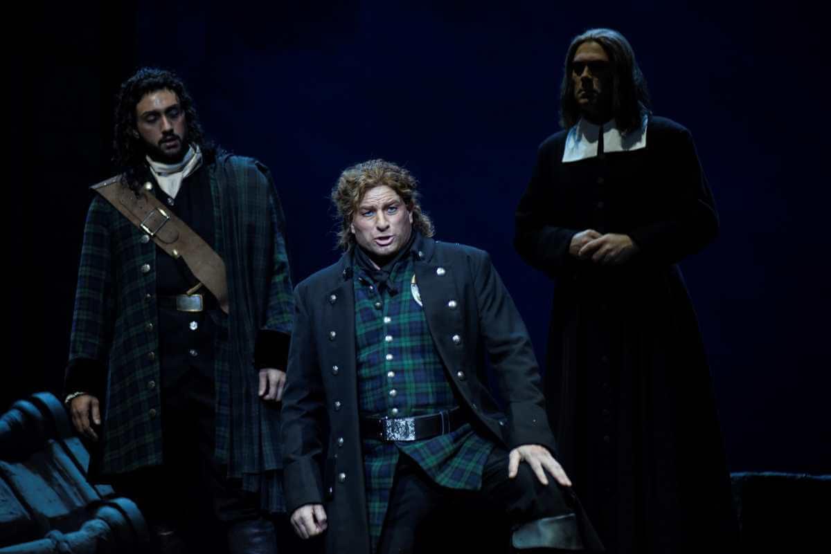 Gregory Dahl, baryton, Lucia di Lammermoor, Opéra de Montréal. (Photo: Yves Renaud)