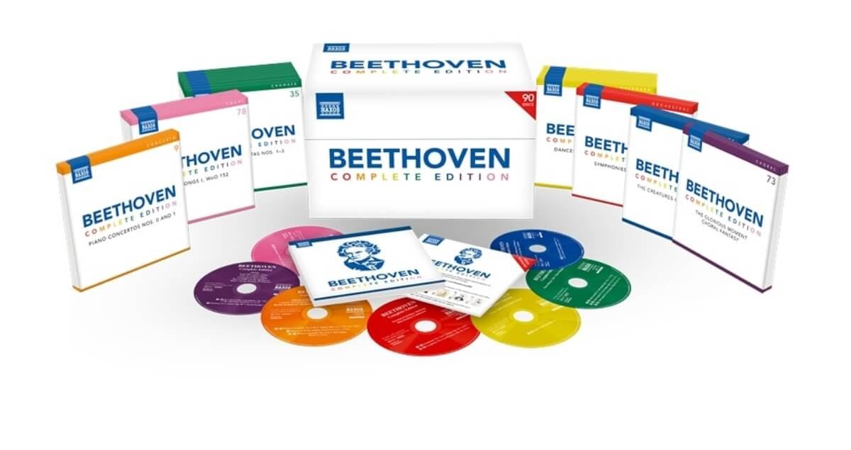 photo du coffret Naxos de l'intégrale des oeuvres de Beethoven comportant 90 disques