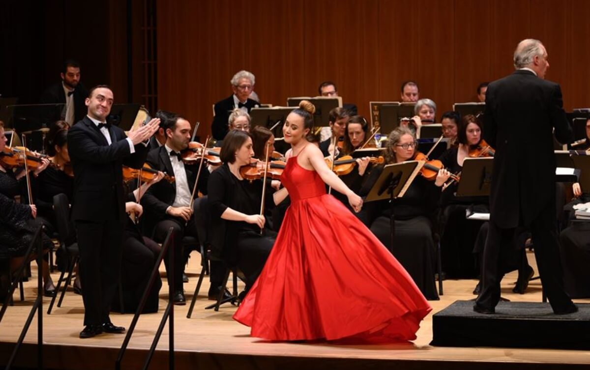 Geoffrrey Schellenberg et Andréa Nunez lors du 26e Gala des Ambassadeurs lyriques, 23 novembre 2019, salle Claude-Champagne. (Photo : André Chevrier)