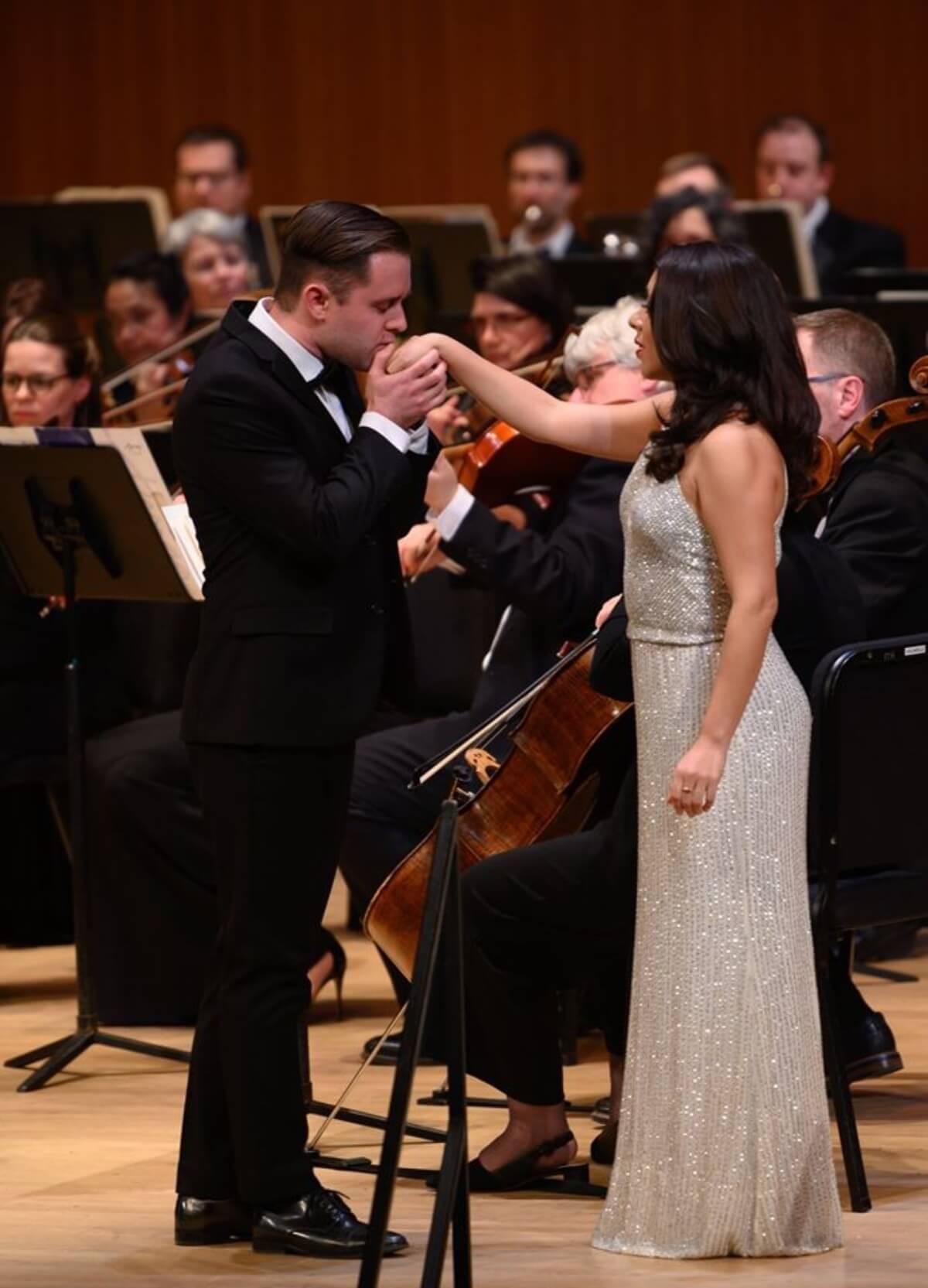 Marcel d'Entremont et Ana-Paula Cullingham-Malagon chantaient un duo extrait de Roméo et Juliette, 26e Gala des Ambassadeurs lyriques