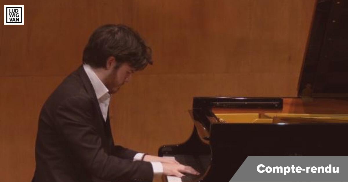 Dimitri Malignan, pianiste français concurrent au CMIM Piano 2021. (Photo: capture d'écran de la captation vidéo)