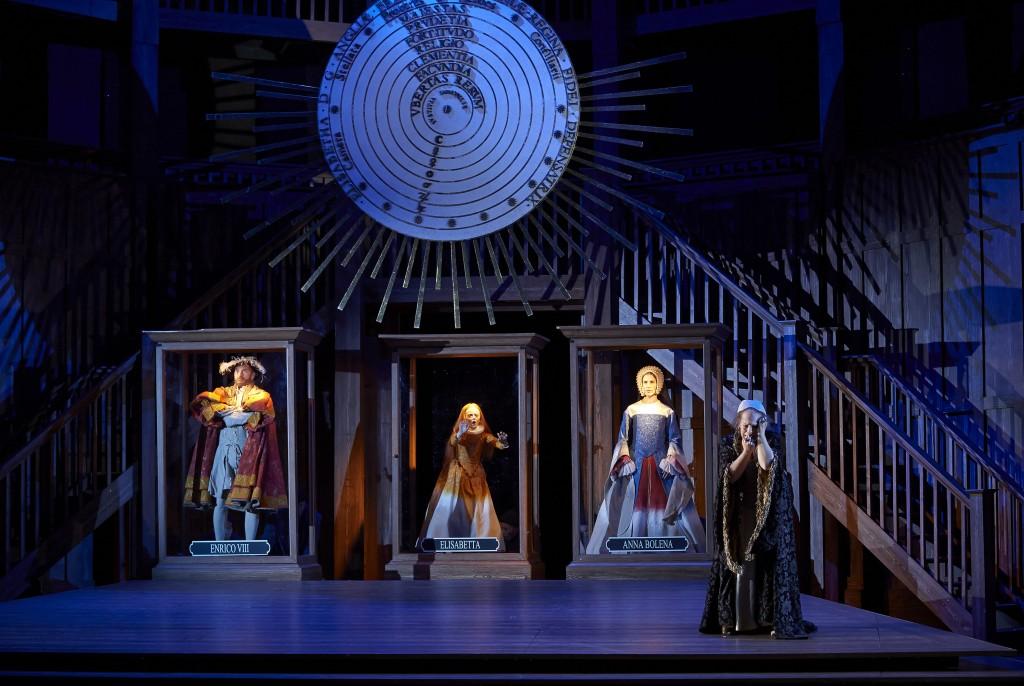 (far right) Sondra Radvanovsky as Elisabetta in the Canadian Opera Company production of Roberto Devereux, 2014. Photo: Michael Cooper