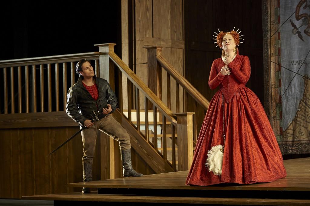 Leonardo Capalbo as Roberto Devereux and Sondra Radvanovsky as Elisabetta in the Canadian Opera Company production of Roberto Devereux, 2014. Photo: Michael Cooper