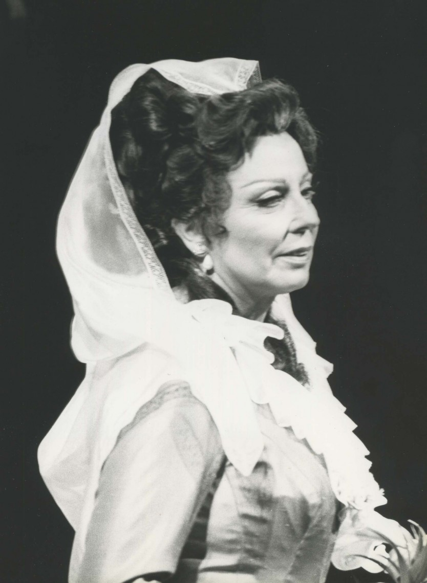 Magda Olivero in the title role Tosca Heffernan