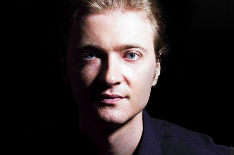 Pianist Dmitri Levkovich