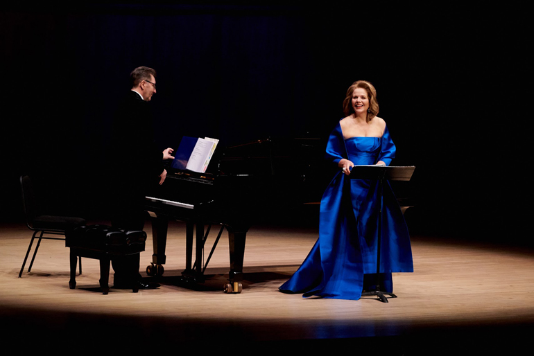 Renée Fleming, Soprano Gerald Martin Moore, Piano at Roy Thomson Hall (Photo: Malcolm Cook)