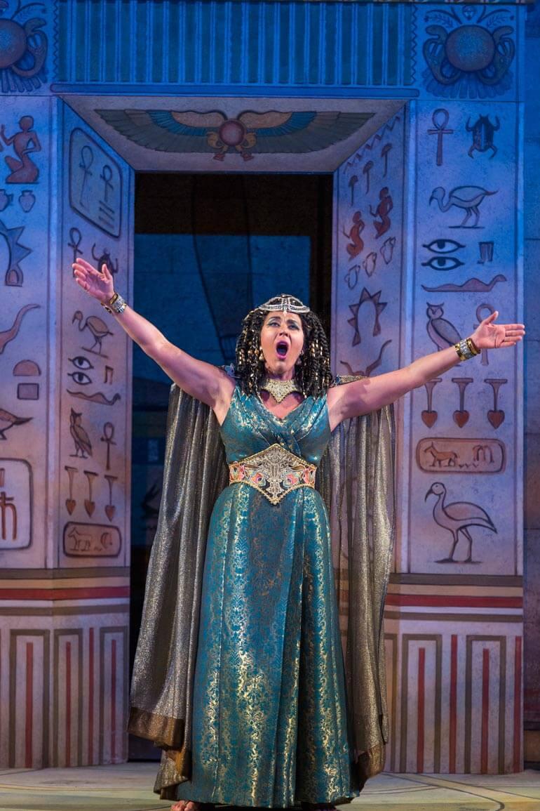 Leann Sandel Pantaleo as Amneris in Verdi's AIDA (Photo: Rod Millington)