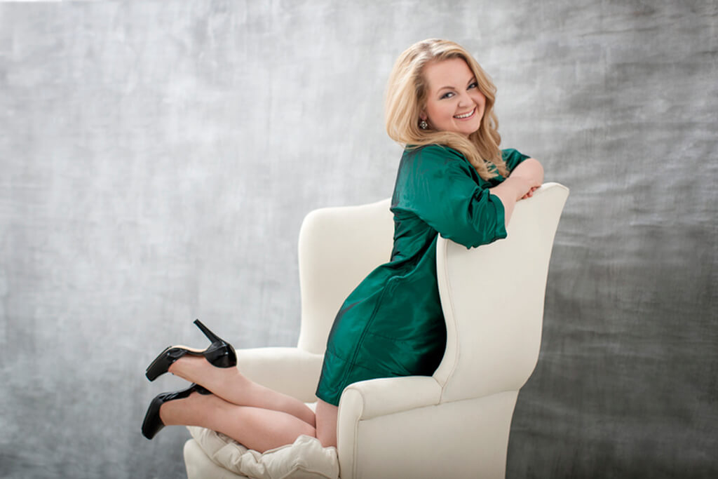Mezzo-soprano Elizabeth DeShong (Photo: Dario Acosta)
