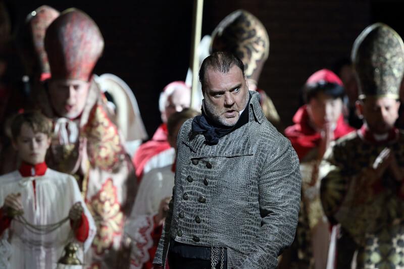 Bayerische Staatsoper: Tosca (Photo: Wilfried Hoesl)