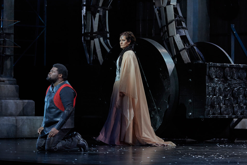 Russell Thomas as Pollione and Elza van den Heever as Norma in the Canadian Opera Company production of Norma, 2016, (Photo: Michael Cooper)