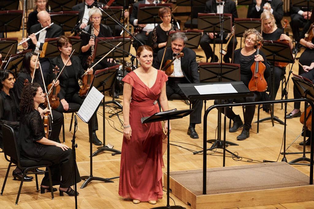 """Mezzo-soprano Krisztina Szabo performs Shafer's """"Adieu Robert Schumann"""". (Photo: Malcolm Cook)"""