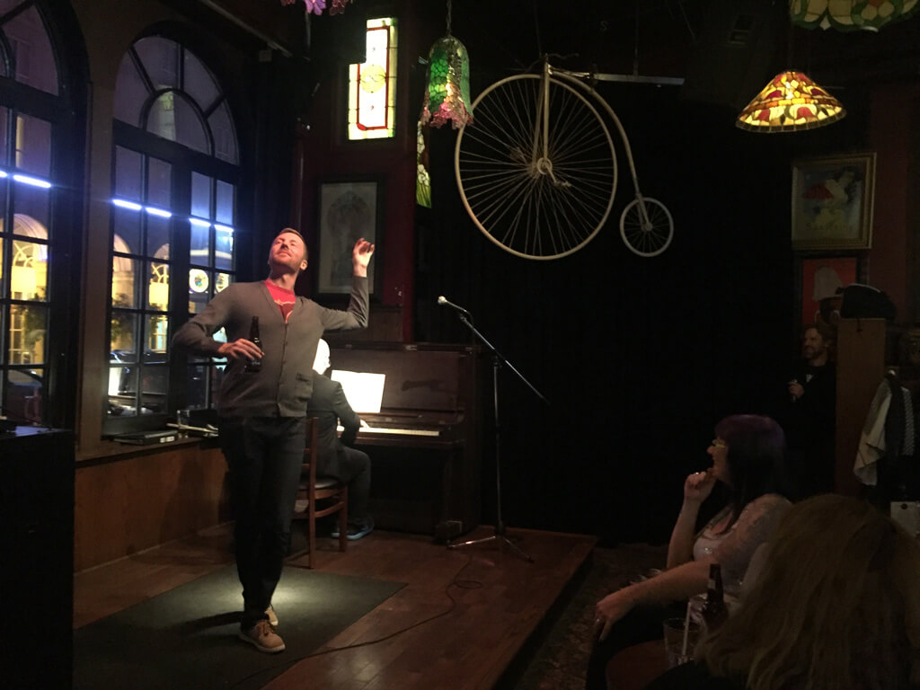 Against the Grain Opera Pub at Amsterdam Bicycle Club with John Brancy (Baritone) and Topher Mokrzewski (Piano) (Photo: Michael Morreale)