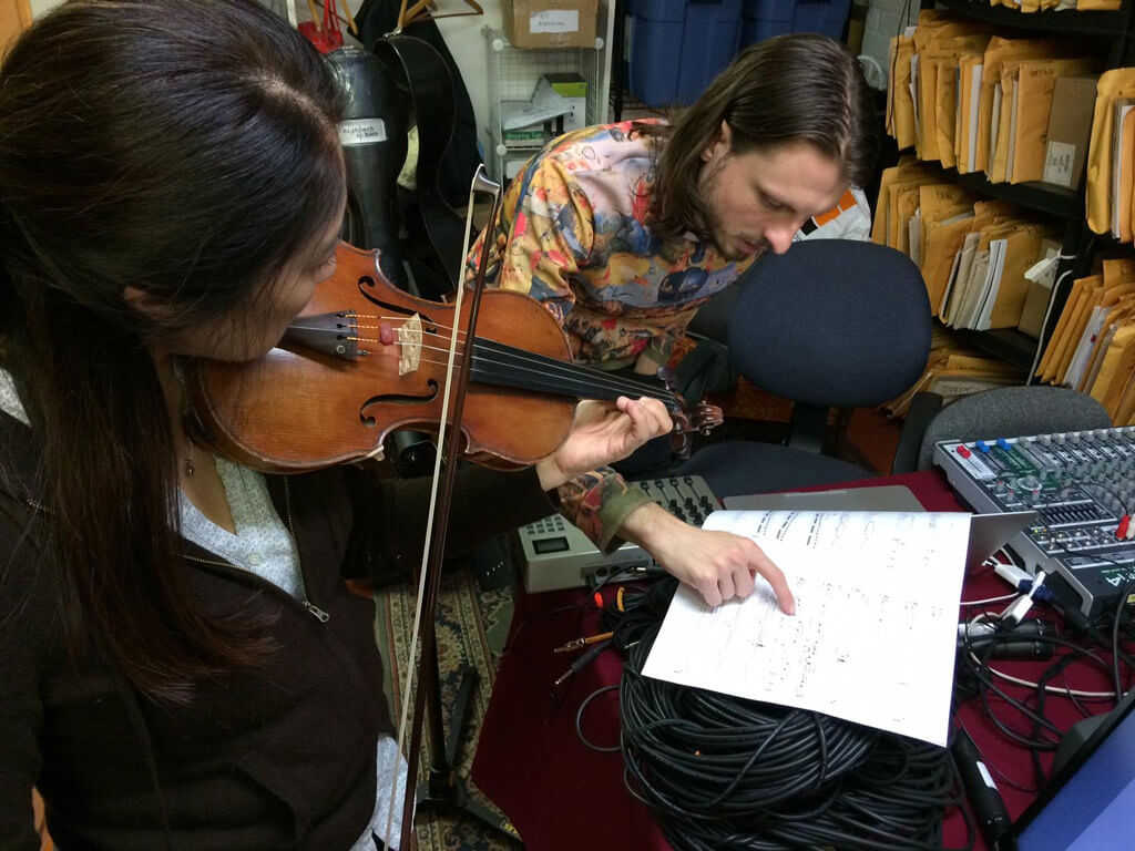 Carol Fujino and James O'Callaghan rehearsing at the Music Gallery. (Photo: Continuum Contemporary Music)