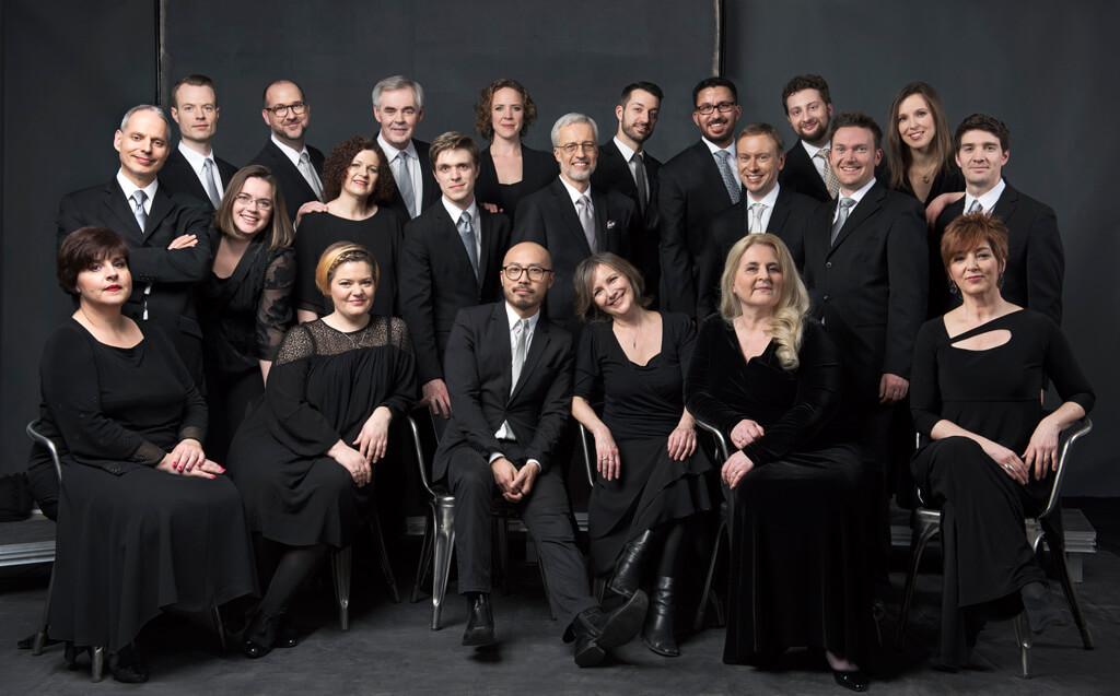 Tafelmusik Chamber Choir (Photo: Sian Richards)