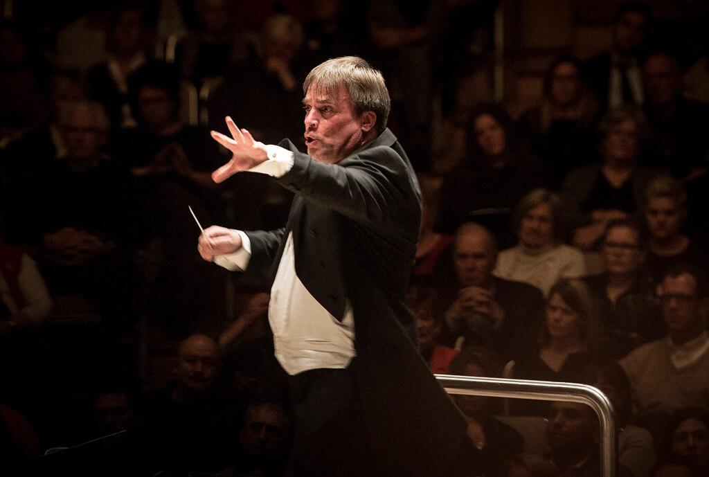 John Storgårds conducts Tchaikovsky's Symphony No. 5 with the TSO at Roy Thomson Hall (Photo: Jag Gundu)