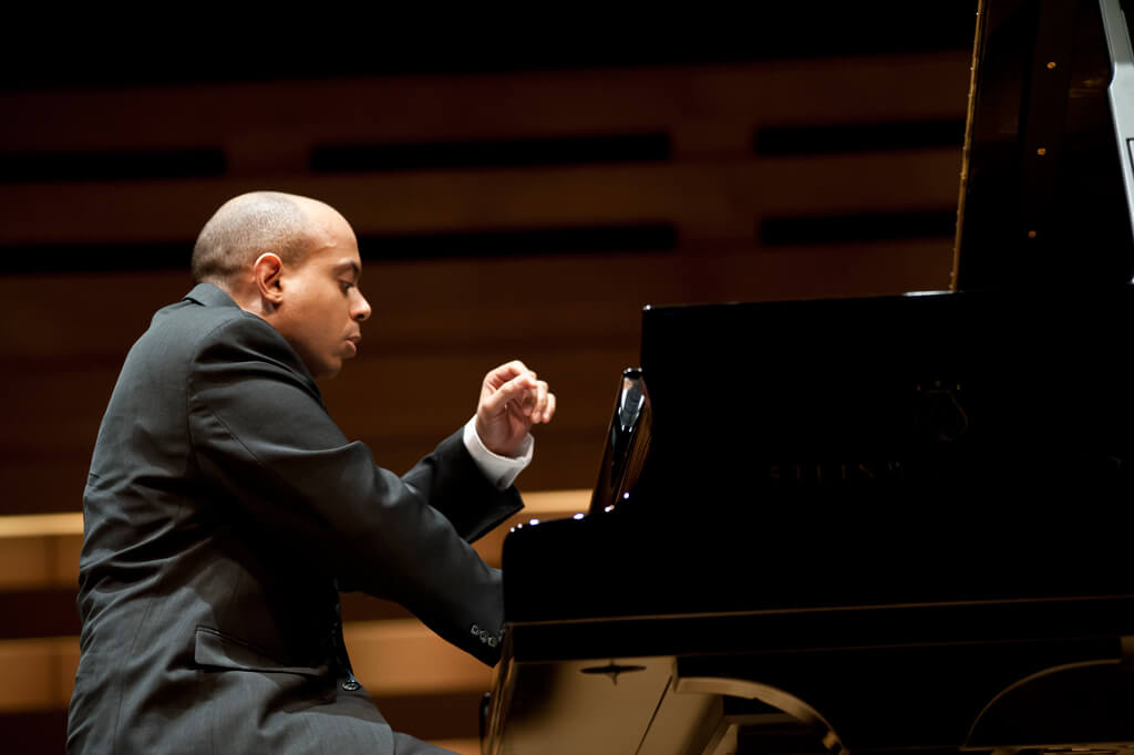 Stewart Goodyear in Koerner Hall (Photo: Lisa Sakulensky)