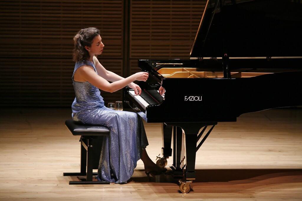 Angela Hewitt (Photo: Richard Termine)