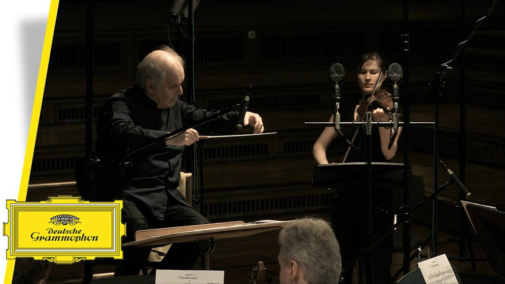 TCHAIKOVSKY: Violin Concerto in D major Op. 35. SIBELIUS: Violin Concerto in D minor Op. 47. Lisa Batiashvili, violin. Staatskapelle Berlin/Daniel Barenboim. DG 479 6038. Total Time: 70:11.
